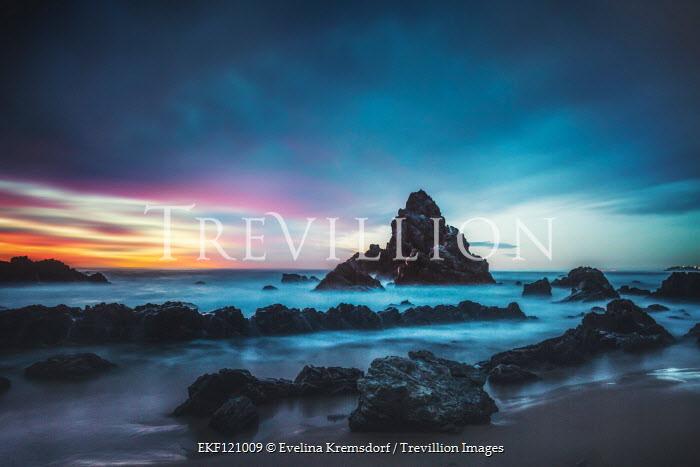 Evelina Kremsdorf Camel Rock at sunset in Bermagui, Australia