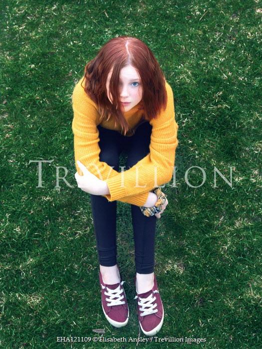 Elisabeth Ansley Teenage girl sitting in grass