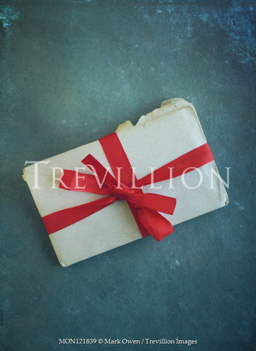 Mark Owen LETTERS TIED WITH RD RIBBON Miscellaneous Objects