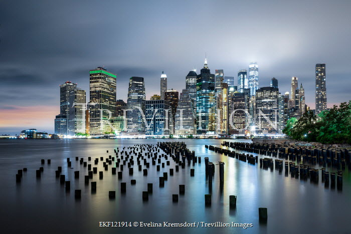 Evelina Kremsdorf NEW YORK SKYLINE WITH RIVER AT DUSK Miscellaneous Cities/Towns