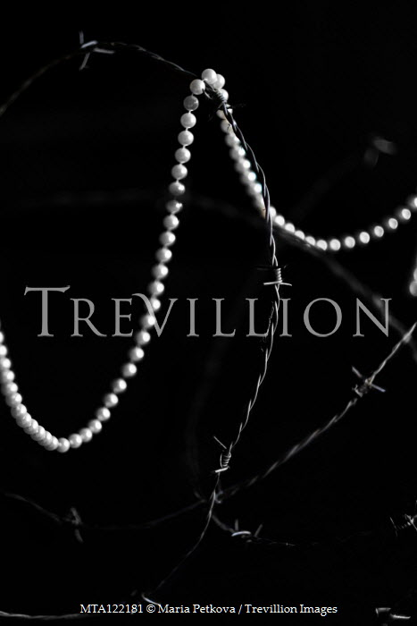 Maria Petkova PEARL NECKLACE WITH BARBED WIRE Miscellaneous Objects