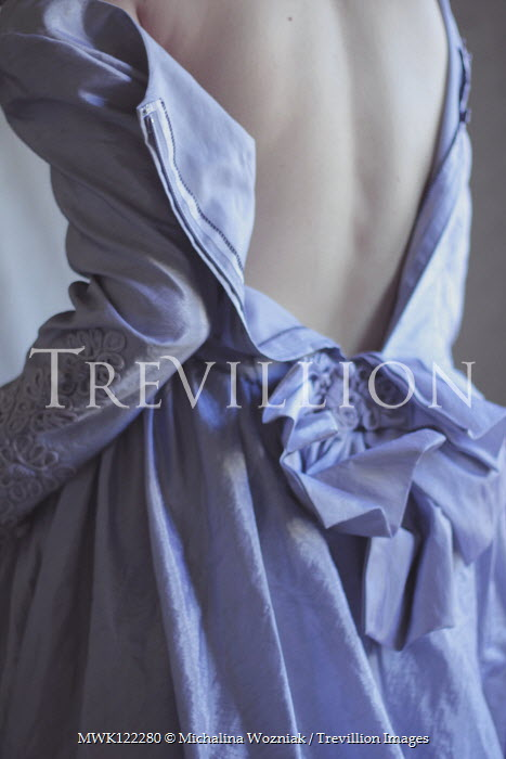 Michalina Wozniak HISTORICAL WOMAN IN UNFASTENED DRESS FROM BEHIND Women