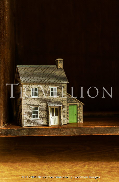 Stephen Mulcahey MINIATURE HOUSE ON SHELF Miscellaneous Objects