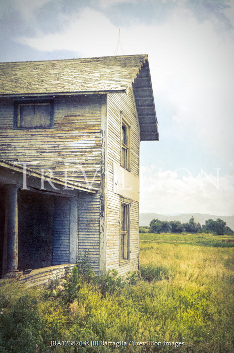 Jill Battaglia WEATHERED WOODEN HOUSE IN COUNTRYSIDE Houses