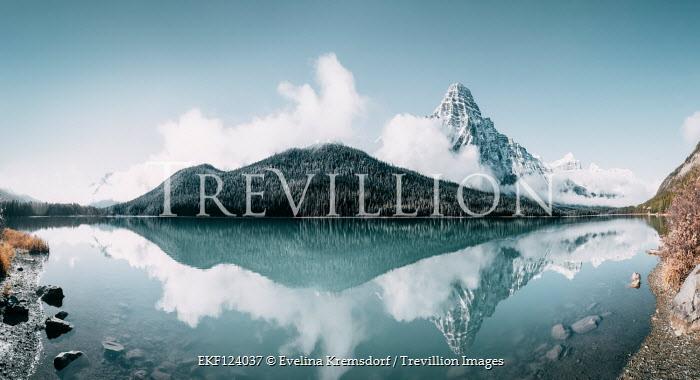 Evelina Kremsdorf Waterfowl Lake and Chephren Mountain in Icefields Parkway, Jasper National Park, Canada