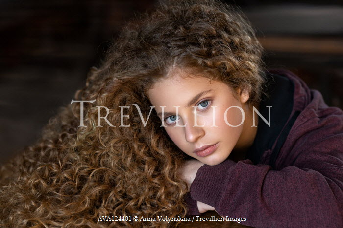 Anna Volynskaia SERIOUS TEENAGE  GIRL WITH LONG BLONDE CURLY HAIR Children