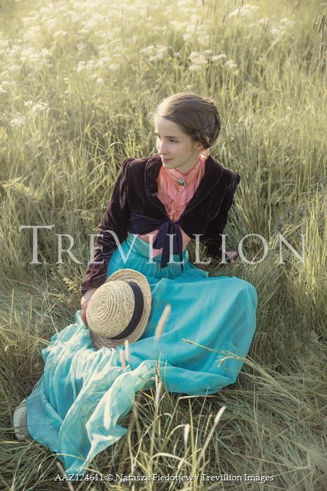 Natasza Fiedotjew Historical woman sitting in grass