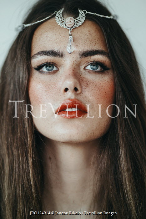 Jovana Rikalo BRUNETTE GIRL WITH FRECKLES AND FOREHEAD JEWELLERY Women