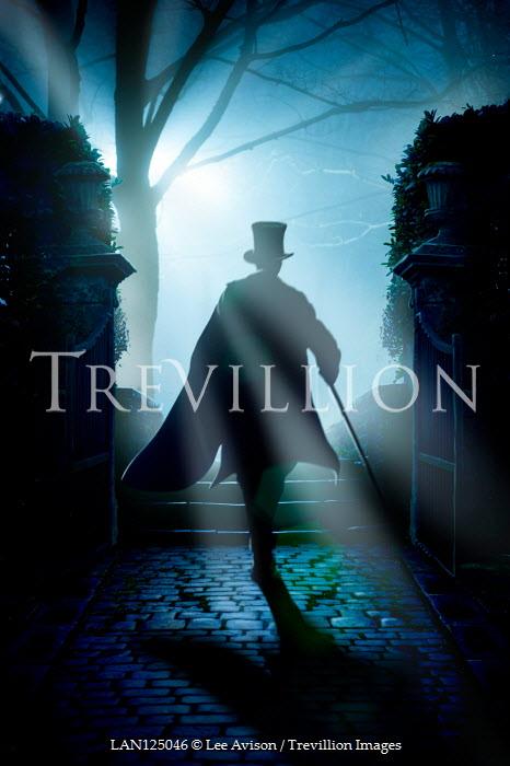 Lee Avison VICTORIAN MAN WALKING ON PATH AT NIGHT Men