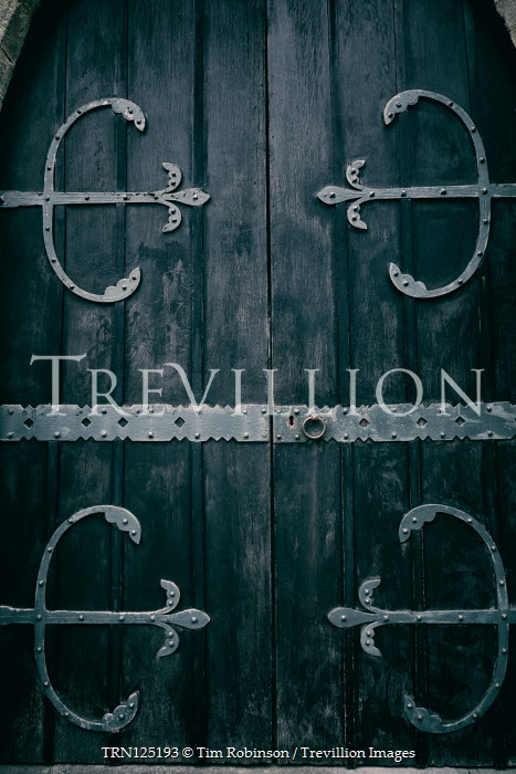 Tim Robinson MEDIEVAL WOODEN DOOR WITH DECORATIVE METAL Building Detail