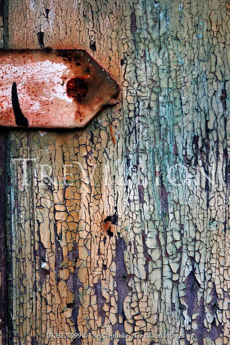 Ute Klaphake FLAKING WOODEN DOOR WITH RUSTY METAL Building Detail