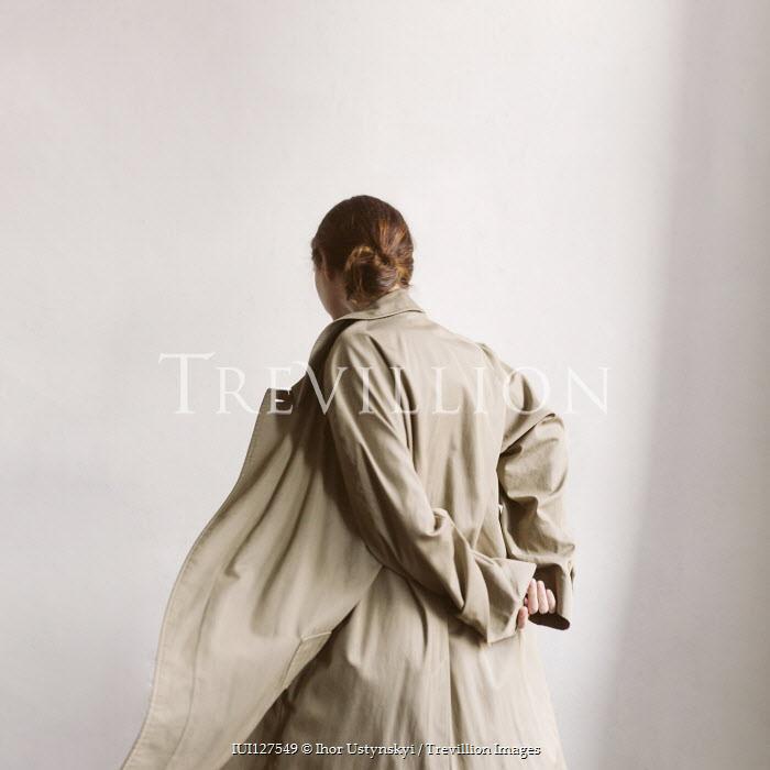 Ihor Ustynskyi Young woman in coat