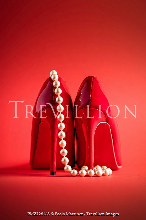 Paolo Martinez RED HIGH HEEL SHOES WITH PEARL NECKLACE Miscellaneous Objects
