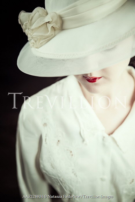 Natasza Fiedotjew close up of vintage woman in hat wearing red lipstick