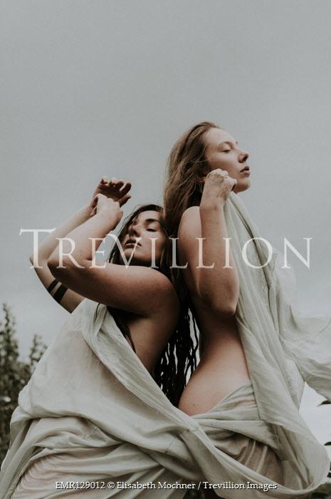 Elisabeth Mochner Naked women wrapped in sheet