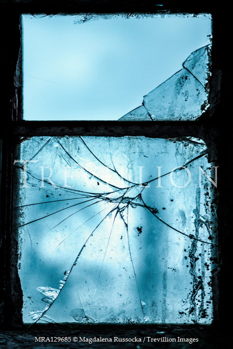 Magdalena Russocka smashed window pane glass