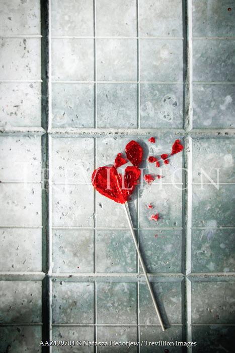 Natasza Fiedotjew crushed heart shaped lollipop on pavement