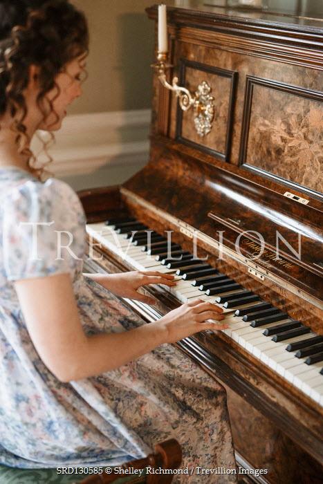 Shelley Richmond Victorian woman playing piano