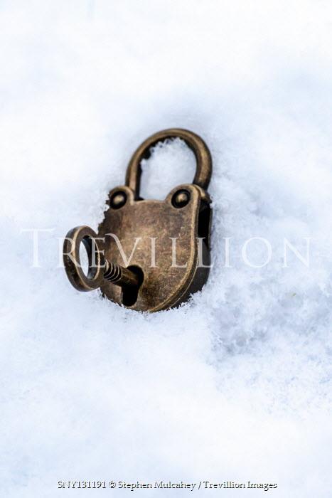 Stephen Mulcahey Padlock and key in snow
