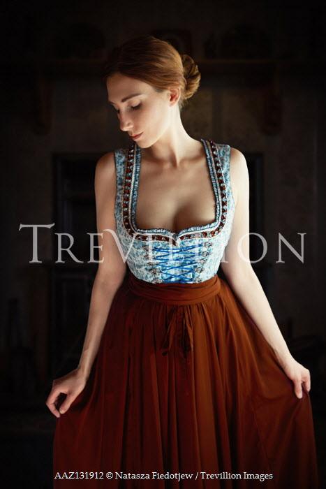 Natasza Fiedotjew historical woman holding skirt