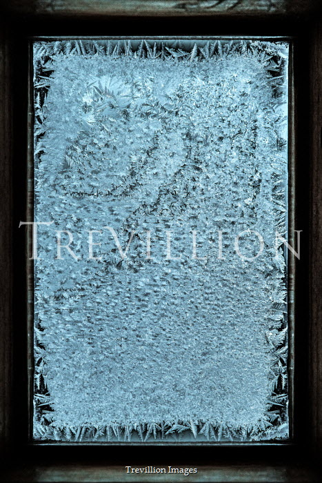 Magdalena Russocka frost on window