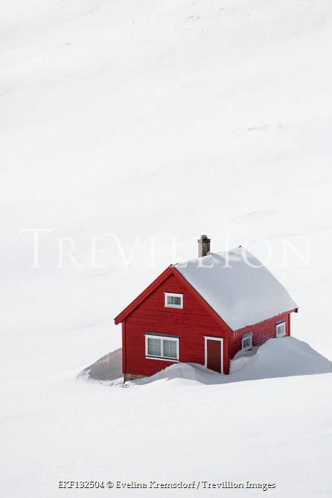 Evelina Kremsdorf Myrkdalsvegen, Vossestrand, Norway Houses