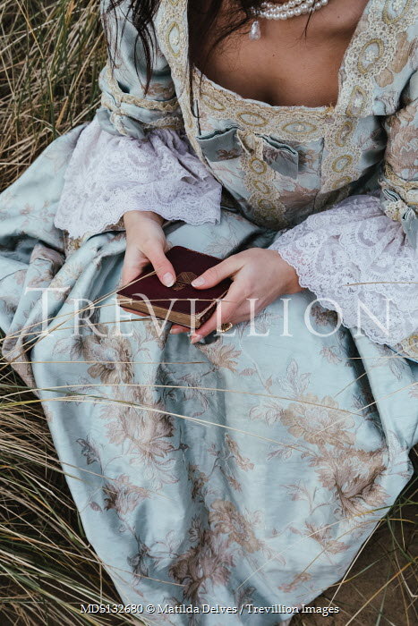 Matilda Delves HISTORICAL WOMAN SITTING WITH LETTER AND PEARLS Women