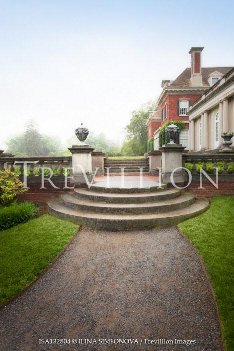 ILINA SIMEONOVA GRAND HISTORICAL HOUSE WITH GARDEN STEPS Houses