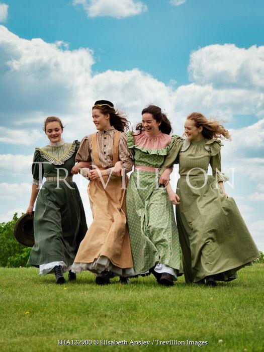 Elisabeth Ansley HAPPY HISTORICAL WOMEN ARM IN ARM IN GARDEN Groups/Crowds