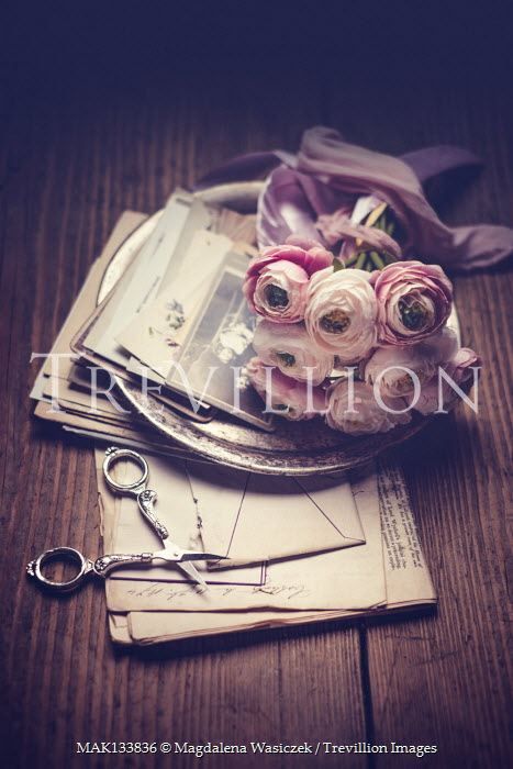 Magdalena Wasiczek SILVER PLATE AND SCISSORS WITH FLOWERS ON LETTERS