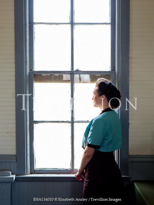 Elisabeth Ansley RETRO BRUNETTE WOMAN WATCHING AT WINDOW