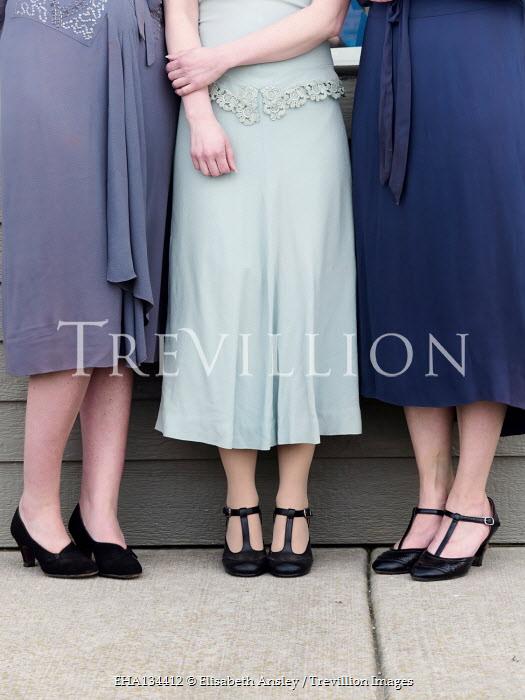 Elisabeth Ansley THREE RETRO WOMEN STANDING OUTDOORS