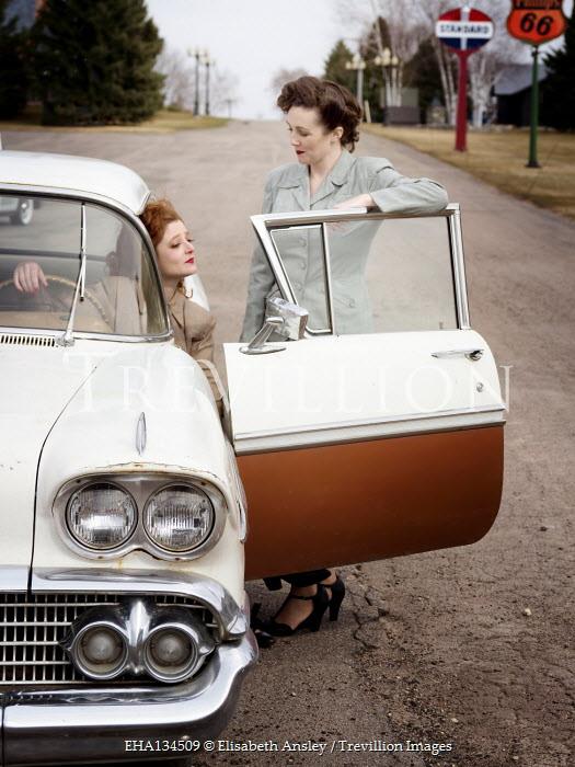 Elisabeth Ansley TWO AMERICAN RETRO WOMEN WITH CAR