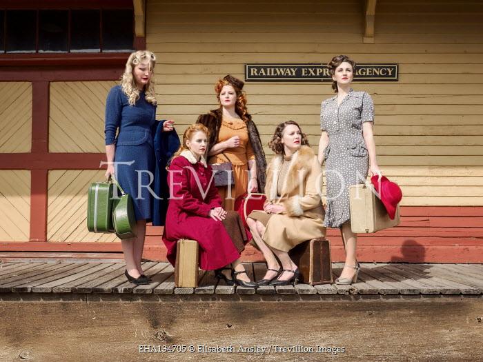 Elisabeth Ansley 1940s women waiting at train station