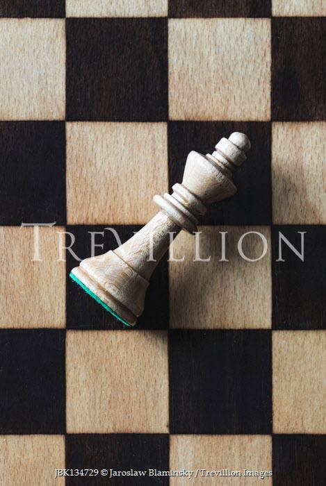 Jaroslaw Blaminsky King chess piece on board