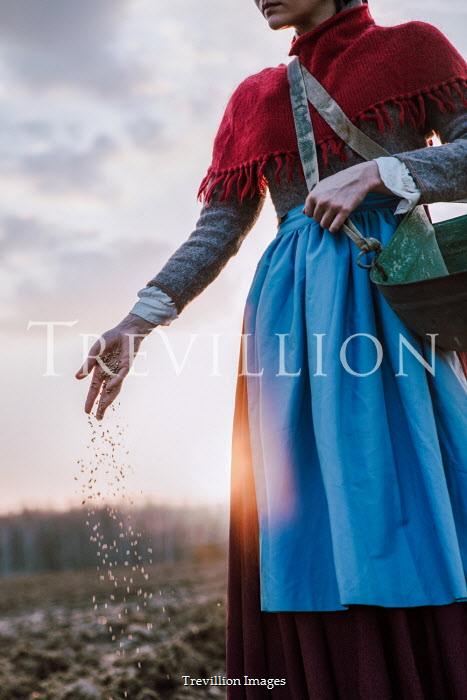Natasza Fiedotjew peasant woman sowing in field
