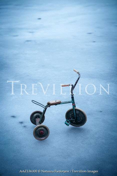 Natasza Fiedotjew child's tricycle on ice