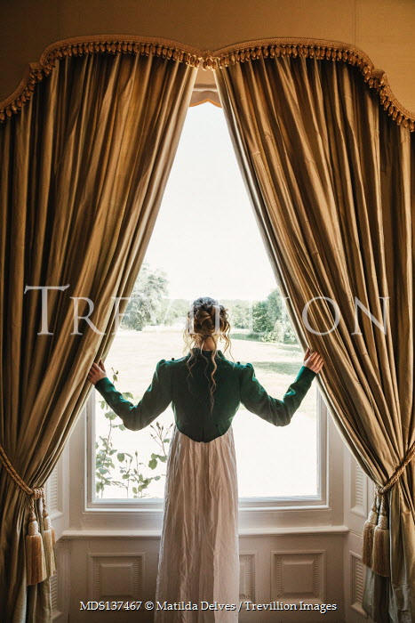 Matilda Delves BLONDE HISTORICAL WOMAN STANDING BY WINDOW