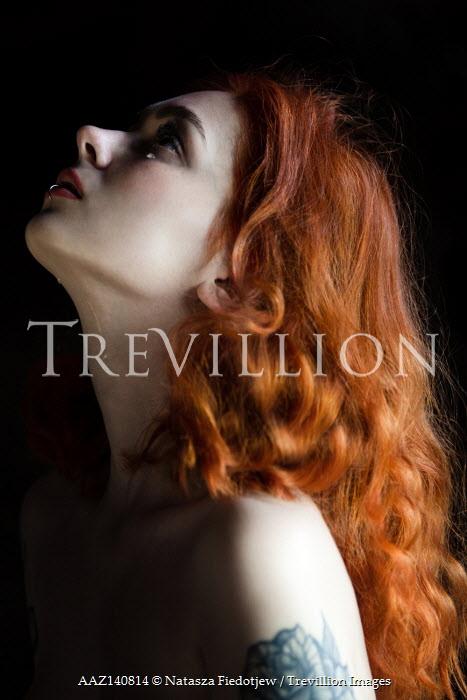 Natasza Fiedotjew young redhead woman crying