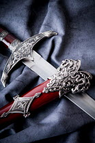 Valentino Sani DECORATIVE HISTORICAL SWORD Weapons