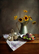 Vesna Armstrong STILL LIFE WITH FRUIT AND FLOWERS Flowers
