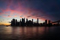 Evelina Kremsdorf Cityscape at sunset in Manhattan, New York City, USA
