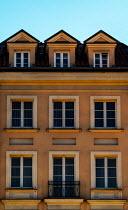 Jaroslaw Blaminsky EXTERIOR OF TALL HISTORICAL HOUSE